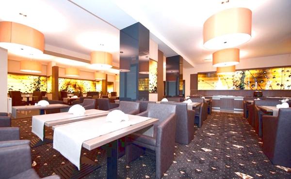 cristal-spa-dzwirzynow-restaurant.jpg